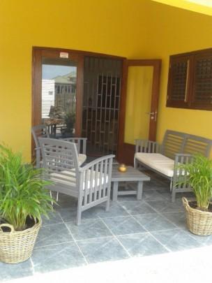 Te koop nieuwbouw bungalow in landhuisstijl op grote berg re max abc curacao - Grijze hoofdslaapkamer ...